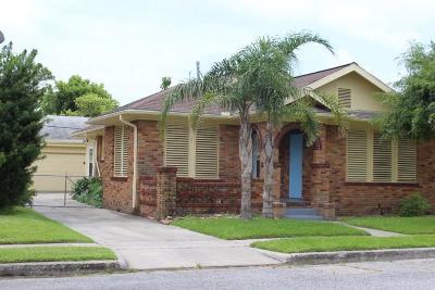 Galveston Single Family Home For Sale: 4823 Austin Drive