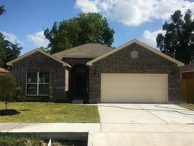 Single Family Home For Sale: 8010 Comal Street