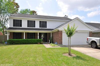 Single Family Home For Sale: 18151 Garden Manor Dr