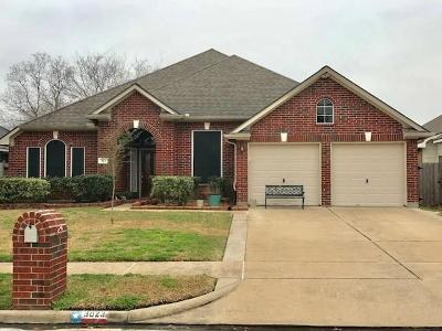 Friendswood Single Family Home For Sale: 3023 Genessee Creek Lane