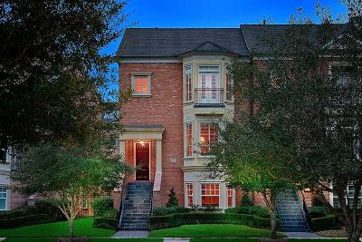 The Woodlands Condo/Townhouse For Sale: 23 Colonial Row Drive