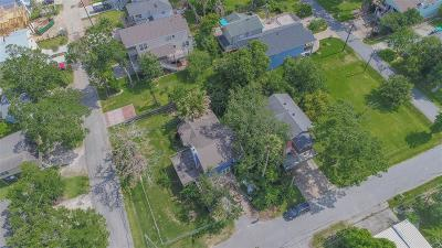 Kemah Single Family Home For Sale: 1114 Forest Road