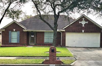 La Porte Single Family Home For Sale: 5105 Glenview Court