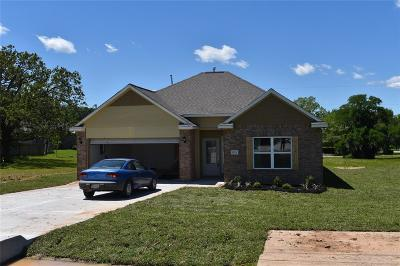 Willis Single Family Home For Sale: 10309 Cude Cemetery