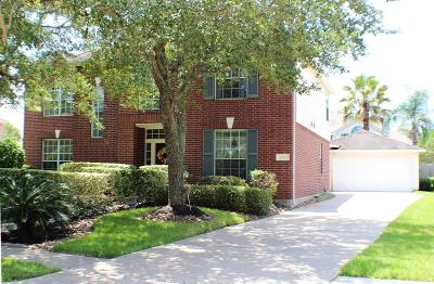 Friendswood Single Family Home For Sale: 3102 Creek Bend