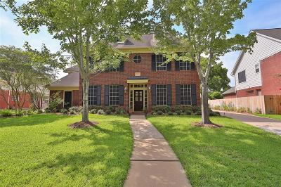 Sugar Land Single Family Home For Sale: 1615 Alcorn Bayou Drive N