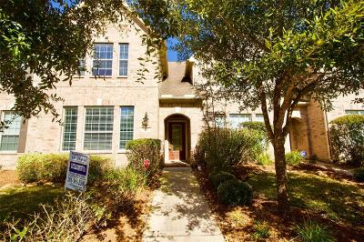 The Woodlands Condo/Townhouse For Sale: 27 Pine Needle Place