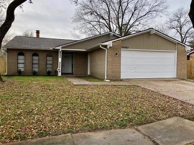 Spring Single Family Home For Sale: 22903 Millgate Drive