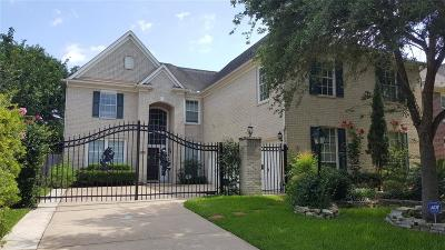 Houston Single Family Home For Sale: 12334 Shadow Island Drive