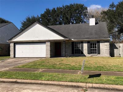 Pearland Single Family Home For Sale: 3706 Dorothy