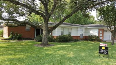 Harris County Rental For Rent: 8402 Robindell Drive