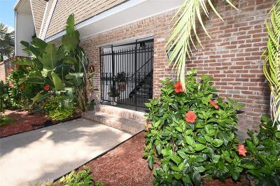 Galveston Condo/Townhouse For Sale: 1726 Broadway Street #3
