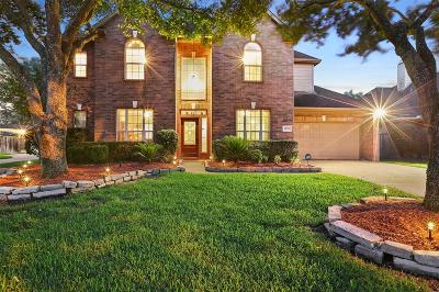 Galveston County, Harris County Single Family Home For Sale: 14718 Golden Bough Lane