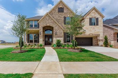 Fulshear Single Family Home For Sale: 4062 Harmony Breeze Lane