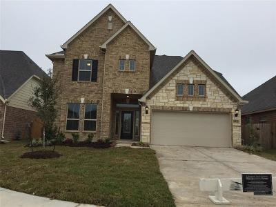 Cypress TX Single Family Home For Sale: $304,995