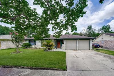 Houston Single Family Home For Sale: 12114 Pompano Lane
