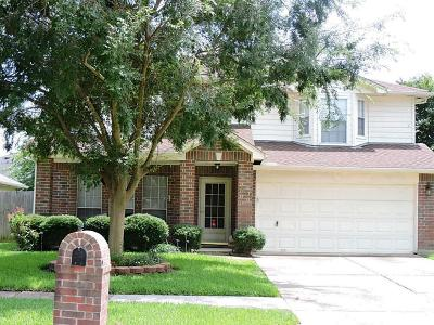 La Porte Single Family Home For Sale: 9304 Mohawk Drive