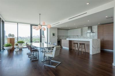 Houston Mid/High-Rise For Sale: 3433 Westheimer #406