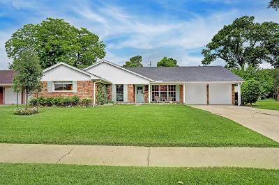 Houston Single Family Home For Sale: 2906 Freshmeadows Drive