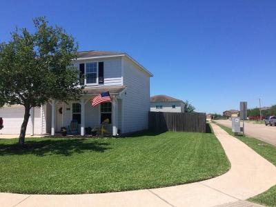 Texas City Single Family Home For Sale: 2623 Shark Circle