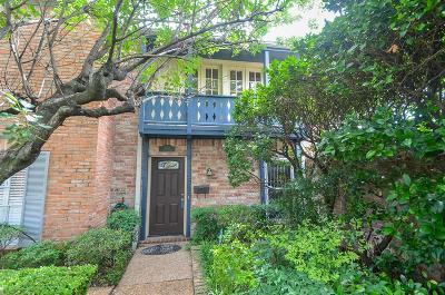 Houston Condo/Townhouse For Sale: 6351 Del Monte Drive