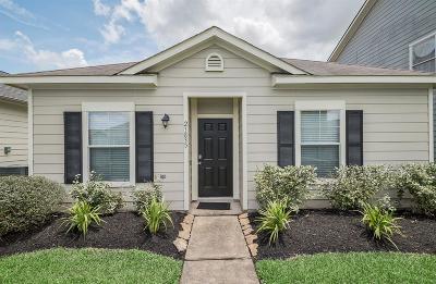 Spring Single Family Home For Sale: 21835 Grassy Hill Lane