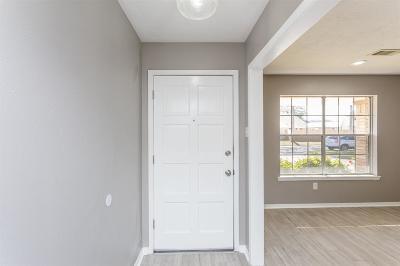 Pasadena Single Family Home For Sale: 6309 Apache Drive