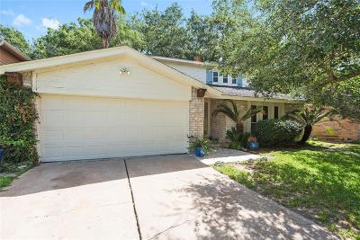 Friendswood Single Family Home For Sale: 16423 Barcelona Drive