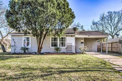 Pasadena Single Family Home For Sale: 2510 Camille Street