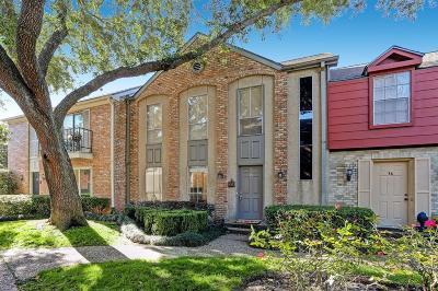 Houston Condo/Townhouse For Sale: 2323 Augusta Drive #35