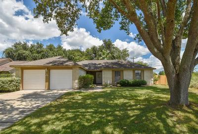 League City Single Family Home For Sale: 634 Spring Breeze Street