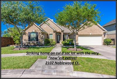 League City Single Family Home For Sale: 2102 Noblewood Court