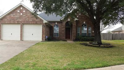 Fresno TX Single Family Home For Sale: $195,000
