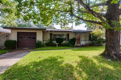 Deer Park Single Family Home For Sale: 309 Linda Street
