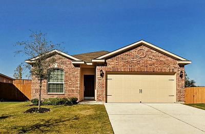 Houston Single Family Home For Sale: 10539 Logger Pine Trails
