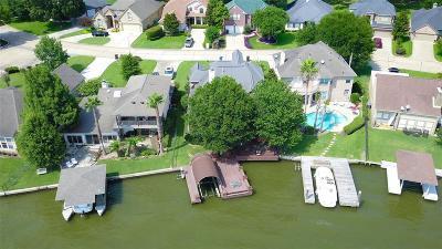 Single Family Home For Sale: 37 La Costa Drive