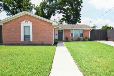 Single Family Home For Sale: 214 E 34th Street