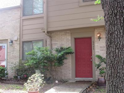 Houston Condo/Townhouse For Sale: 6455 Alisa Lane