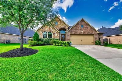 Lakeshore Single Family Home For Sale: 13011 Barkley Bend Lane