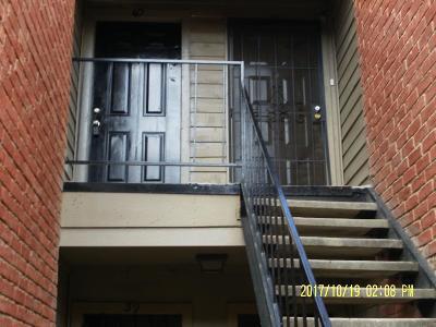 Houston Condo/Townhouse For Sale: 12500 Sandpiper Drive #40