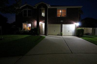 Pasadena Single Family Home For Sale: 5019 Lakeside Court