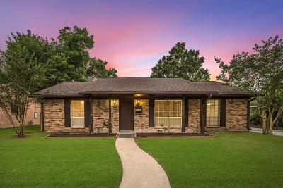 Houston Single Family Home For Sale: 5927 Spruce Forest Drive