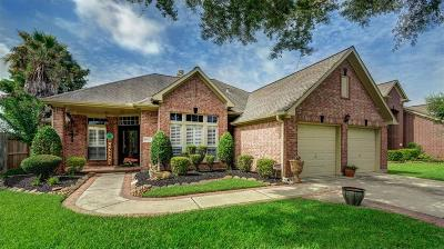 La Porte Single Family Home For Sale: 11022 Mesquite Drive