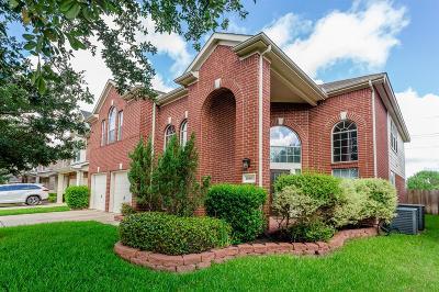 Cypress Single Family Home For Sale: 10803 Lake Riata Lane