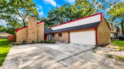 Single Family Home For Sale: 5707 Enchanted Timbers Drive