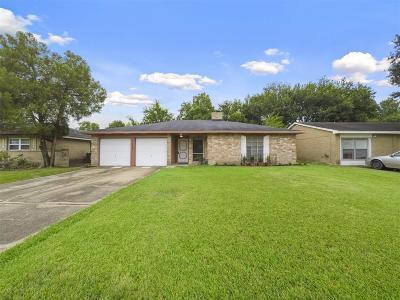 Houston Single Family Home For Sale: 11710 Langdon Lane