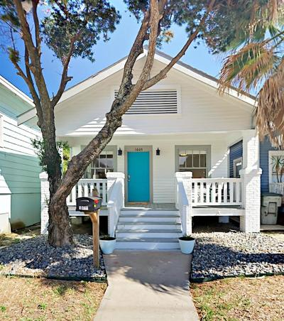 Galveston Single Family Home For Sale: 1605 Avenue O
