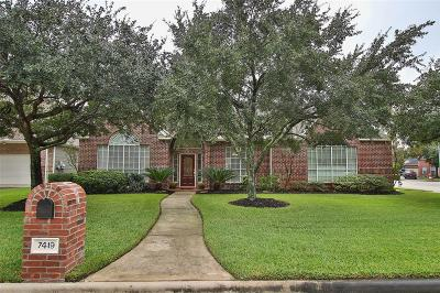 Single Family Home For Sale: 7419 Place Vendome