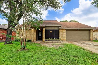 Houston Single Family Home For Sale: 13530 Tara Oak Drive