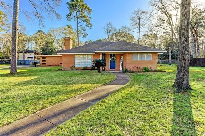 Conroe Single Family Home For Sale: 110 S Woodsway Street W